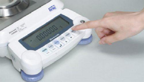 صفحه نمایش و صفحه کلید کاربرپسند ترازوی سری AUW-D